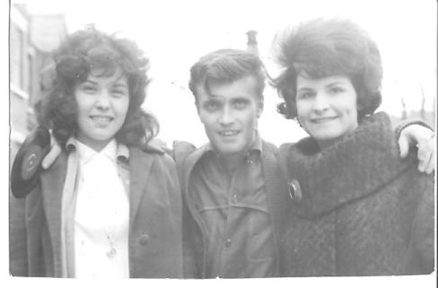 Jet with sisters Pat and Jean